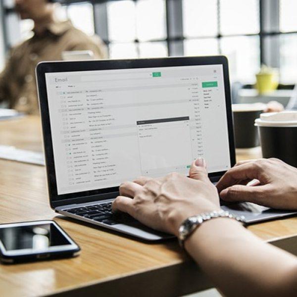 Trucos-para-gestionar-la-sobrecarga-que-entra-a-tus-emails_1